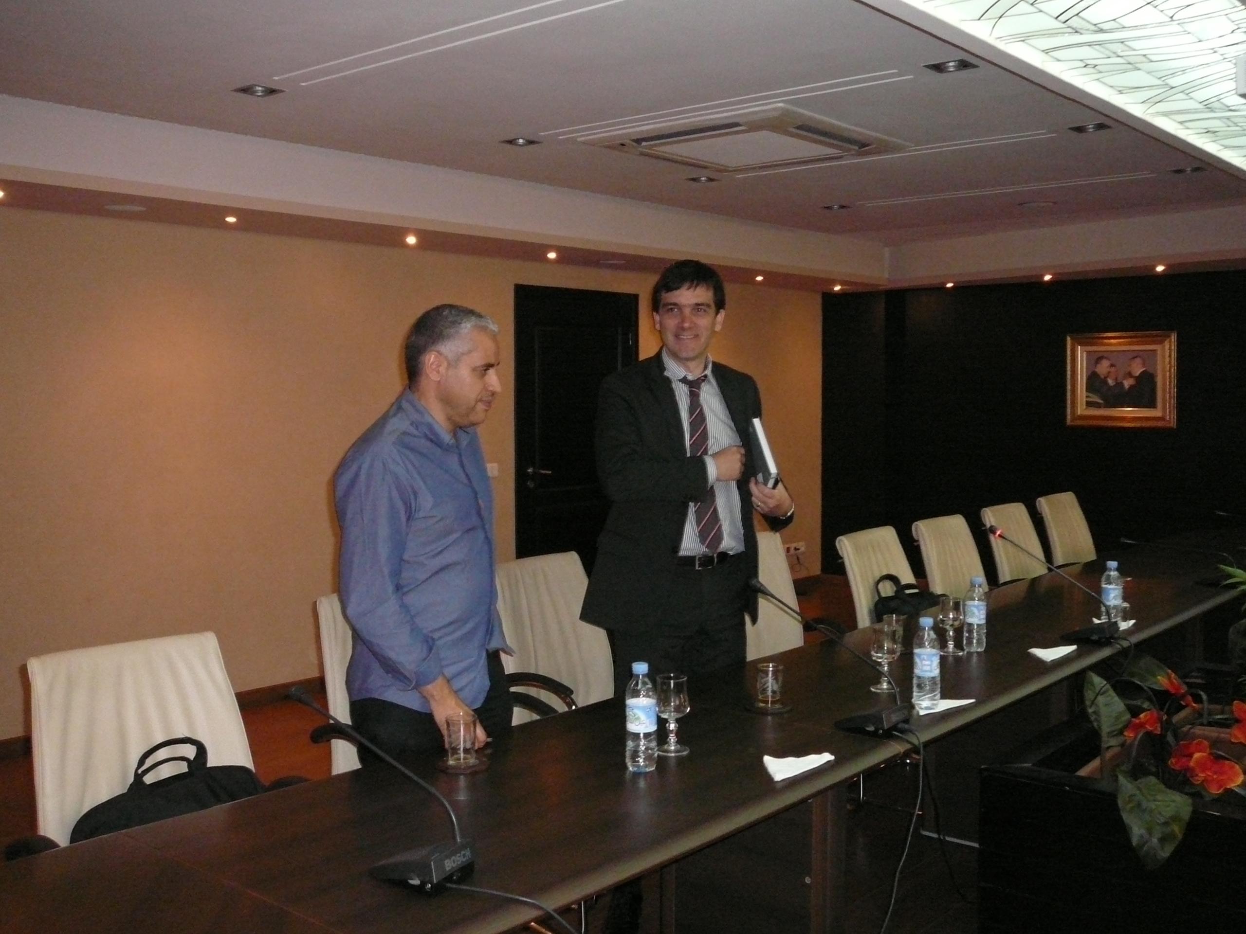 El Director de Prochile Paris se reunio con Chilehalal en Marruecos y Koutoubia Holding el 28 de junio 2012