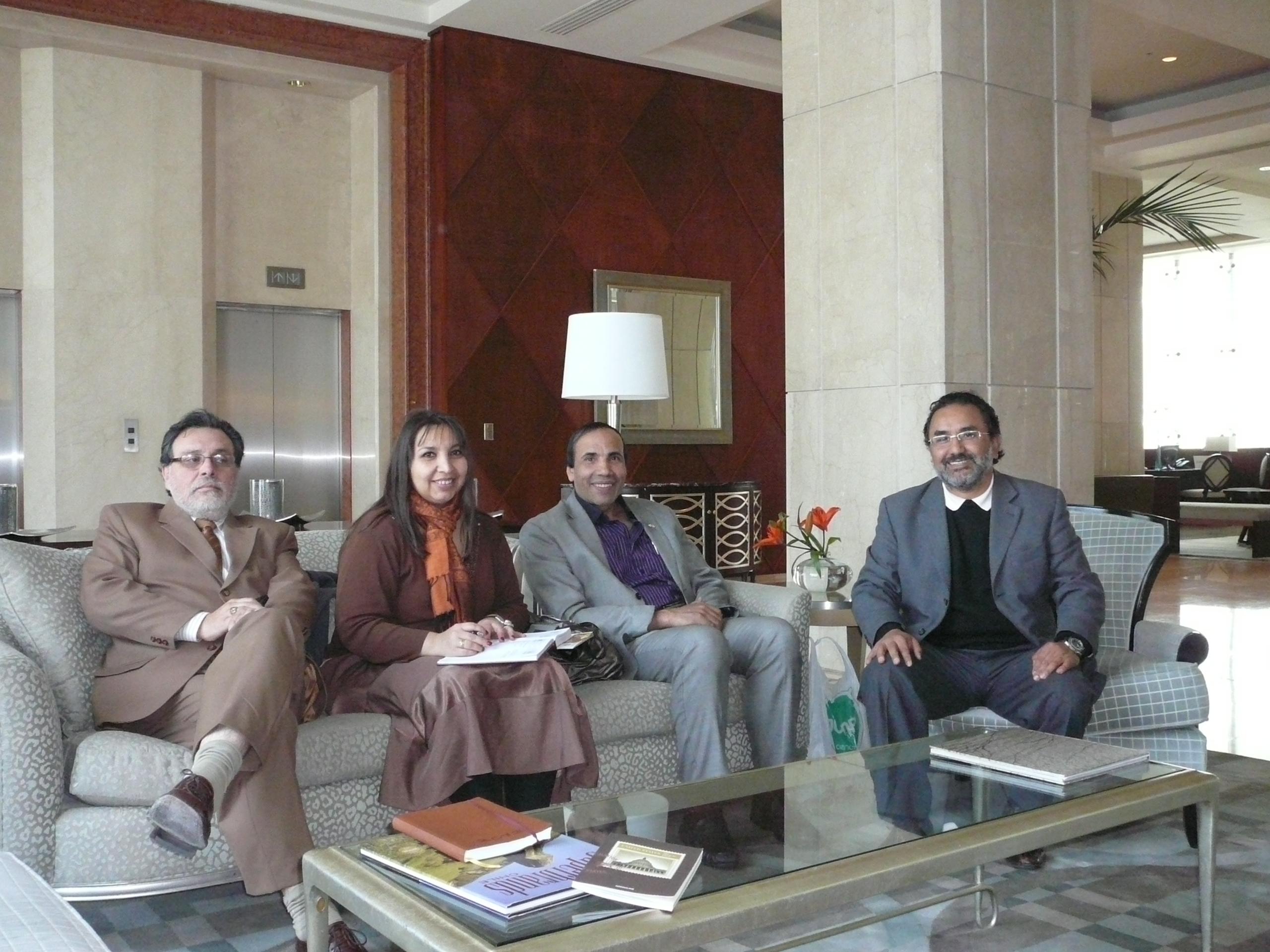 Reunion con el encargado de la embajada de Kuwait en Chile, preparacion de la HalalExpoChile 2012