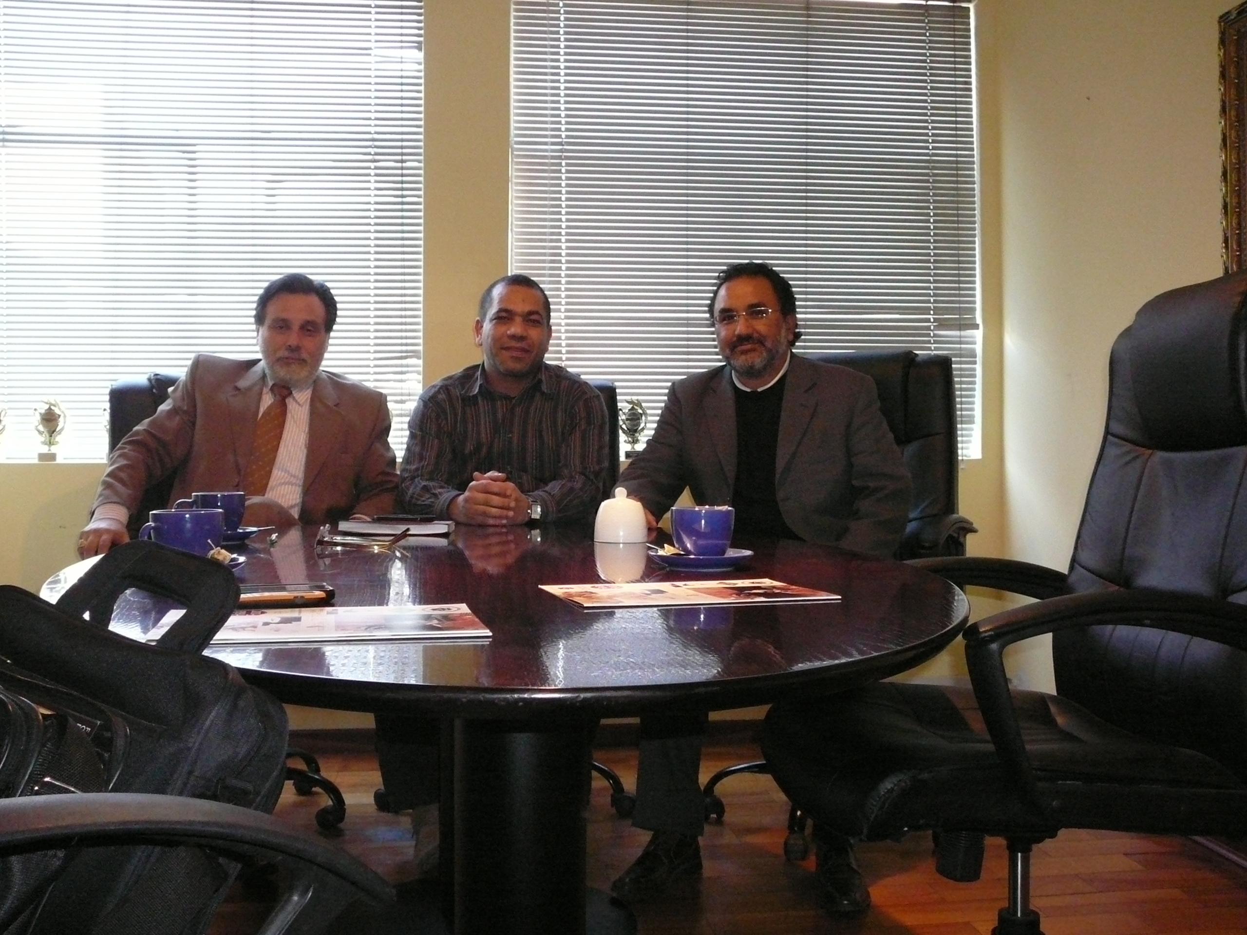 Reunion de trabajo con el presidente de la Comunidad Egipcia de Chile, Sr Mohamed Hessin,en Santiago de Chile,