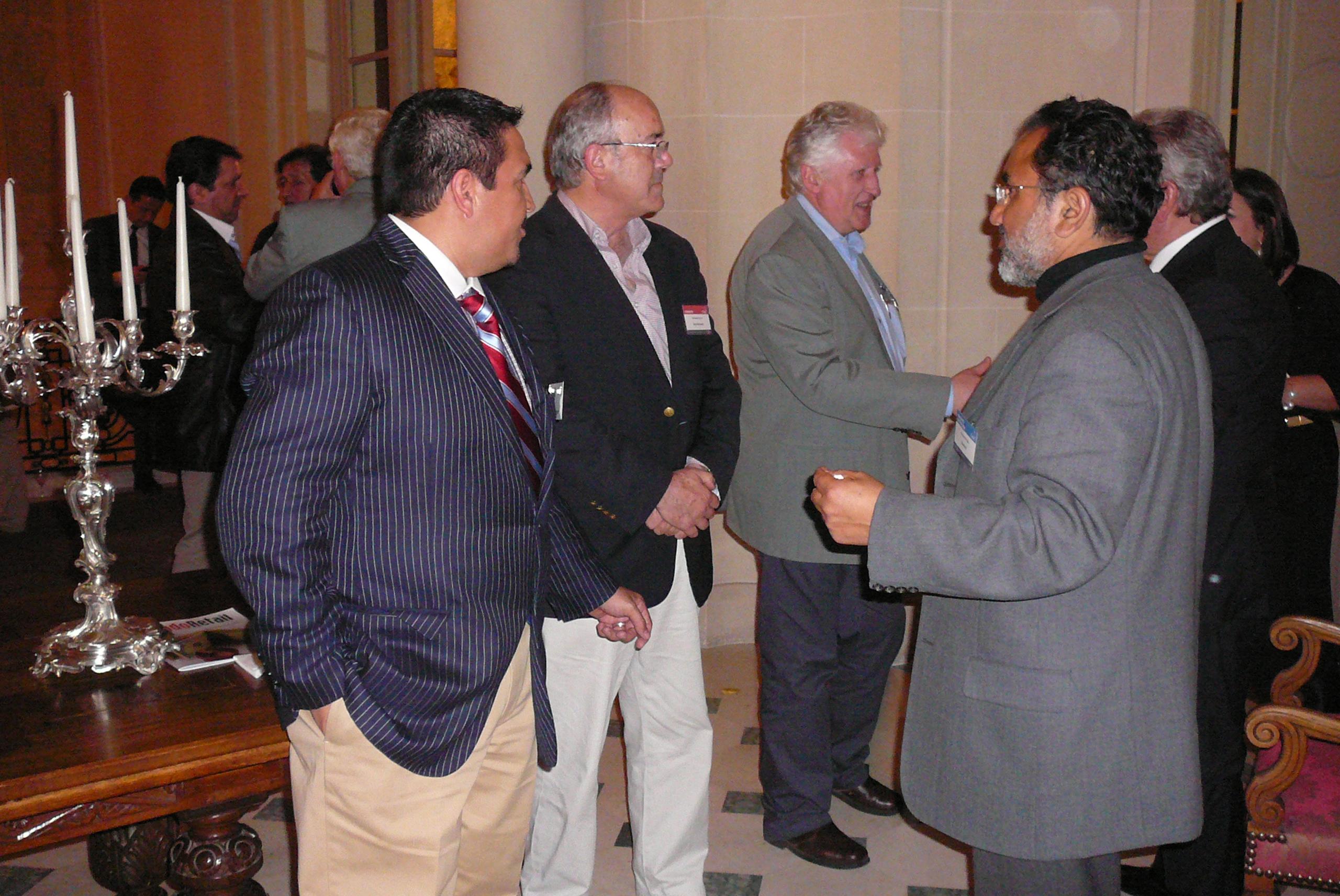 Chilehalal y sus socios han sido invitados a la Embajada de Chile en París por PROCHILE este Martes, 23 de octubre 2012.